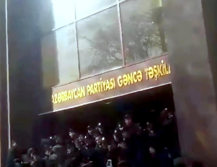 GƏNCƏDƏ AKSİYA